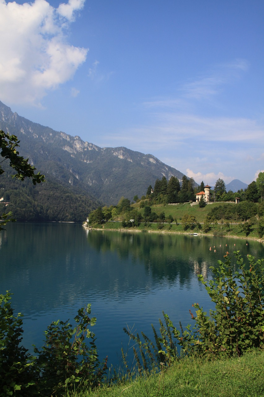 Schloss am Lago di Ledro